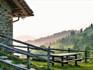 Per oltre 180 operatori sanitari, il relax della Valle Maira.
