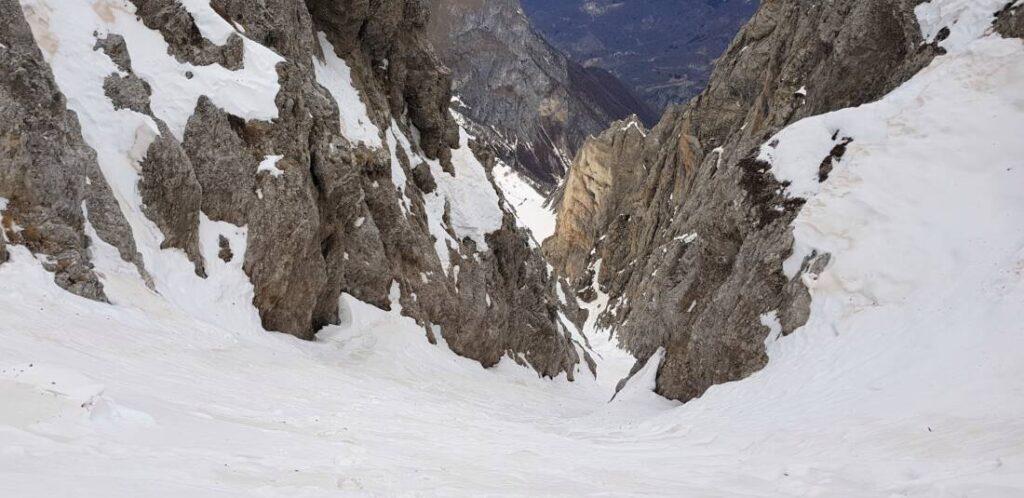 Monte Bussaia con canale Nord, Monte Servatun e Testas!