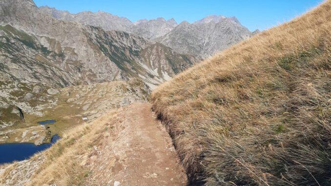 Ricostruito il sentiero per il Colle del Vei del Bouc